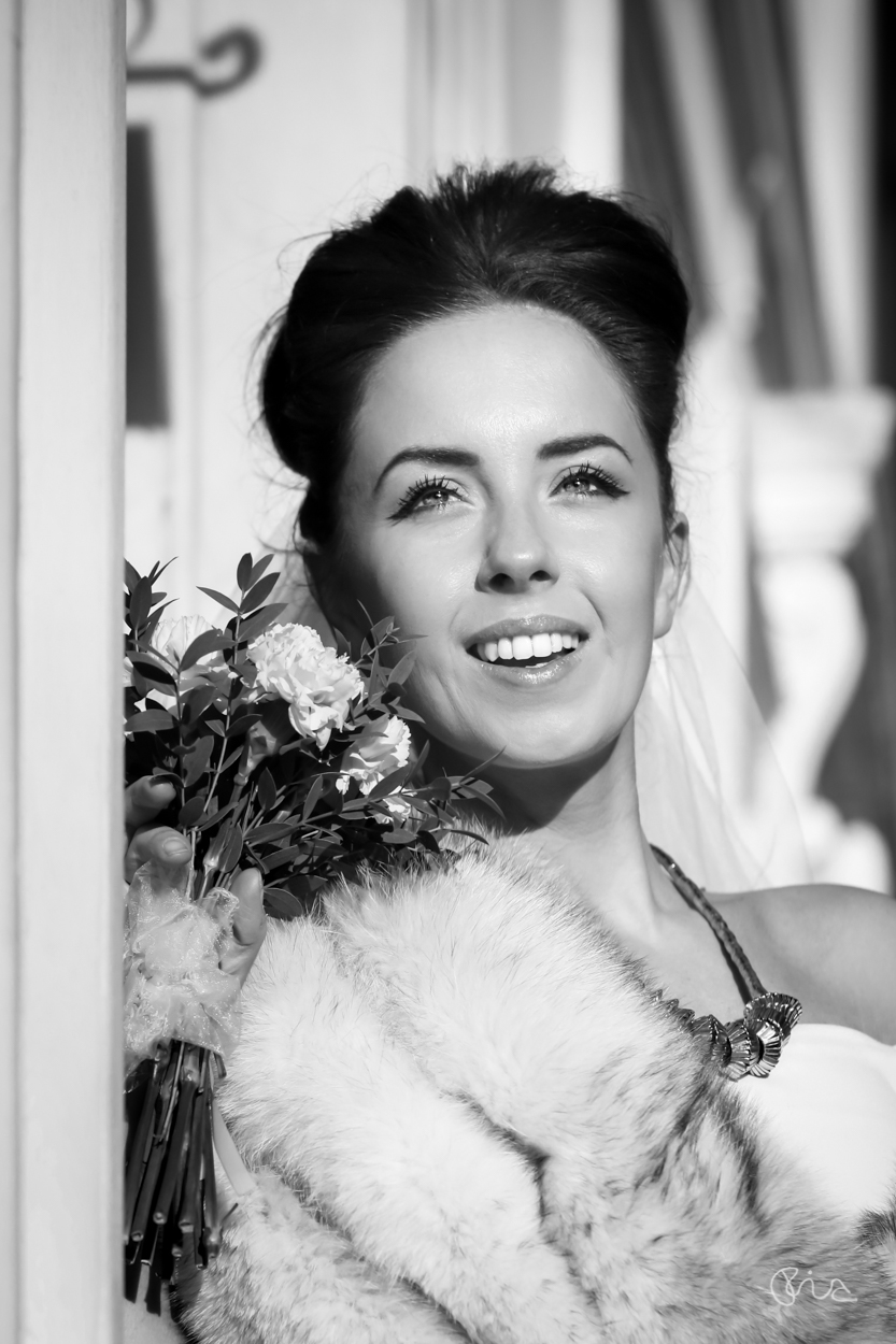 Bridal styled shoot at St George's Church in London