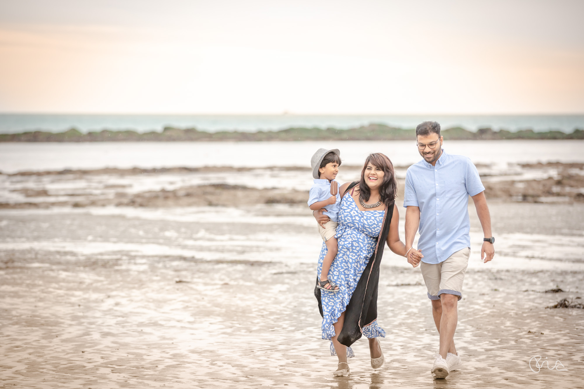 Family shoot on Eastbourne Beach